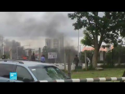 نيجيريا: 7 قتلى بينهم شرطي في مواجهات بين متظاهرين شيعة والشرطة في أبوجا  - نشر قبل 21 ساعة