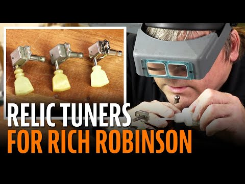Changing Rich Robinson's Grover Tuners Back To Vintage Style Klusons