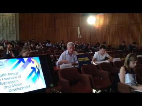 Sean Hillen speaks at UNESCO HQ in Paris about freedom of press issues in Ireland