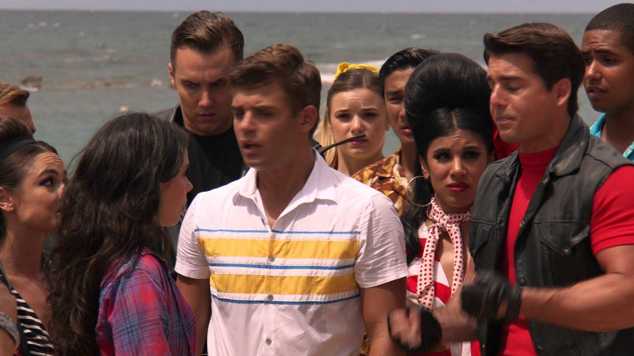 Disney Teen Beach Movie 2 2015 - Trailer - Youtube-4839