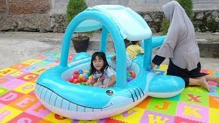 Unboxing Kolam Renang Lucu Karakter Ikan - Ball Pit Show In Swimming Pool For Kids