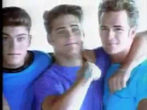 Beverly Hills 90210 Theme With All the Cast