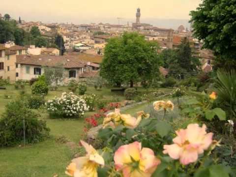 Nagsaway a pintas mo / ilocano song / Florence Italy