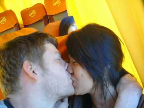 bus kiss on a Victory Liner