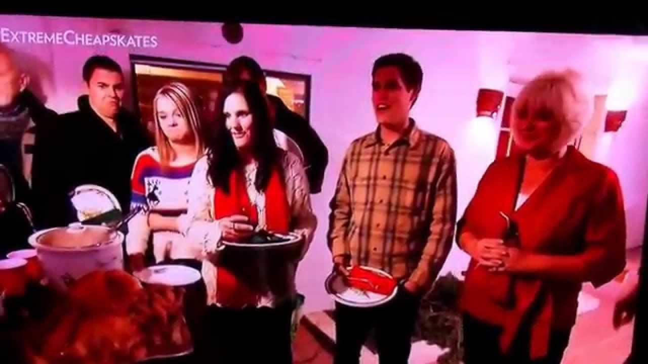 Lady serves a churkey for Xmas dinner - YouTube
