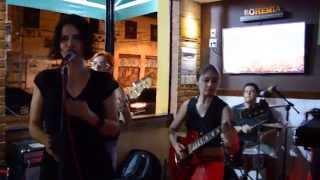 Julianna Baena & Cia - Fast and Frightening