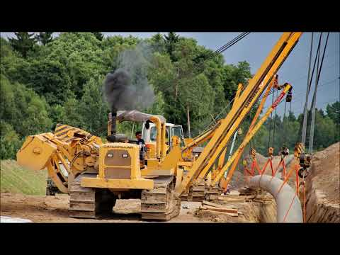 CAT 594H Pipelayer at work