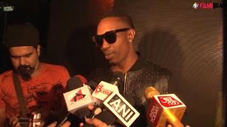 Dwayne Bravo enjoys singing in Bollywood movie 'Tum Bin 2'; Watch video | Filmibeat