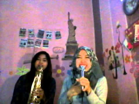 Love on top - beyonce cover by sarah and selly