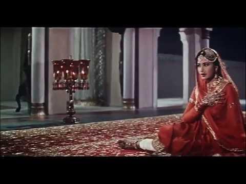 Chalte Chalte Yunhi Koi Mil Gaya Tha - Pakeezah - Lata Mangeshkar - Meena Kumari - HD