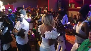 Download lagu Fally IPUPA ASILIKI MAÎTRE MANIX ABUNDISI CELEO NA VILLAGE KINGAKATI CHEZ LBKVISION