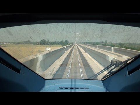 Frecciarossa 1000, il viaggio ad alta velocità in cabina di guida