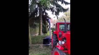 Repeat youtube video Holzhäcksler Eigenbau 2.
