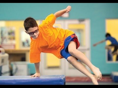 تدريب الباركور حماسي للمبتدئين  شباب وبنات تلاميذ نسر الكونغ فو In Door Parkour Training Motivation