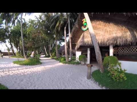 Fihalhohi Island Resort 2016