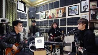 Download lagu REO Brothers - I Saw Her Standing There / BOYS | The Beatles