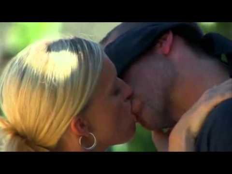 The Bachelor Pad-Kissing U MV