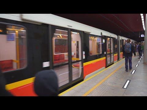 Poland, Warsaw, Metro ride from Rondo Daszyńskiego to Świętokrzyska