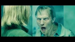 ☣ «Война миров Z» Джерри делает инъекцию. Прохождение через коридор набитый зомби.