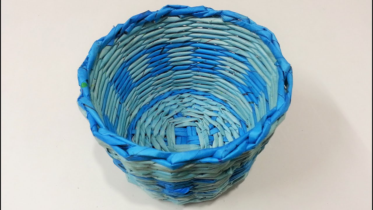 A basket of newspapers with your own hands. Weaving from newspaper tubes