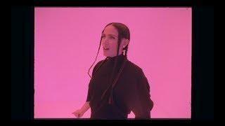LA CHICA - ADDICT (Official Video)