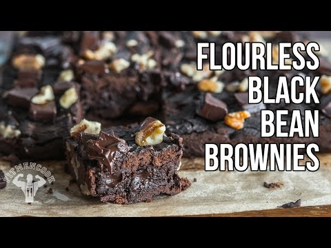 Heart Healthy Flourless Black Bean Brownies / Brownies de Frijoles Negros