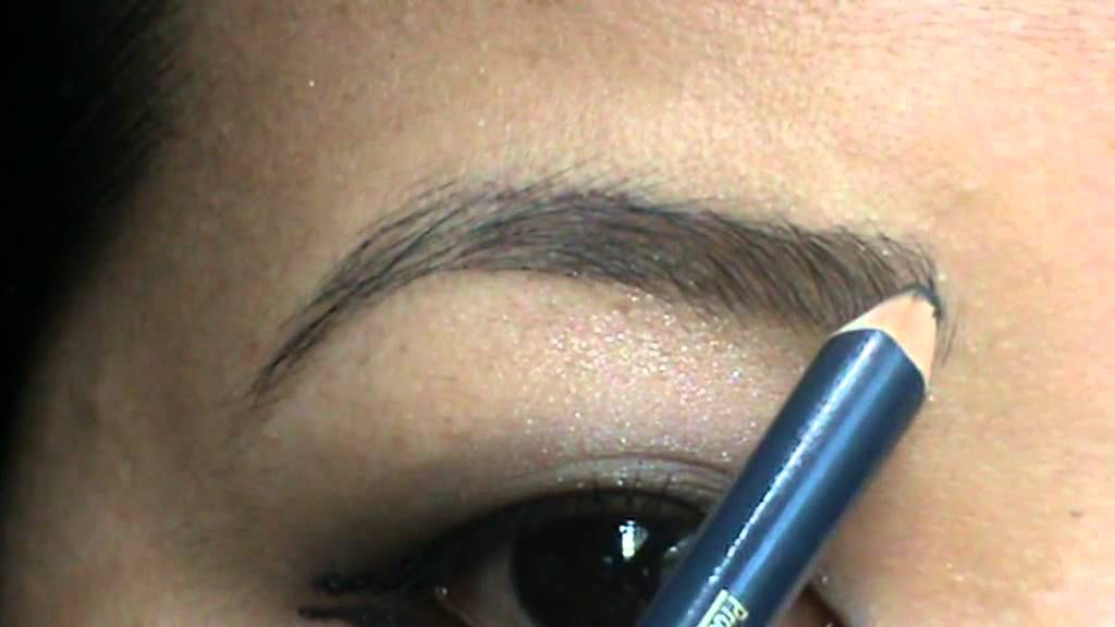 How to do eyebrows using eyebrow pencil indian vlogger blogger tinaraipun youtube