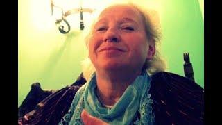 Když se nepověsíte na Boha, tak se pověsíte na hřebík! - jasnovidná Lenka Vodvárková (2011)