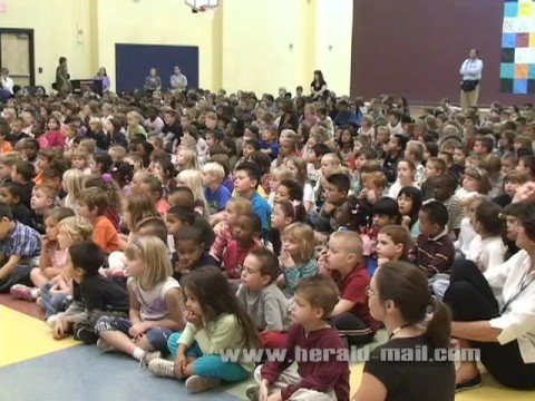 New Maugansville Elementary School dedicated
