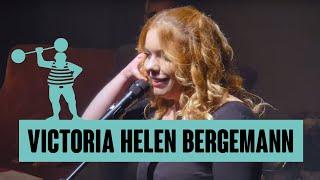 Victoria Helene Bergemann – Klarinettespielen