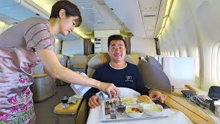 alone-in-first-class-on-asiana-airlines-b747-xmas-giveaway