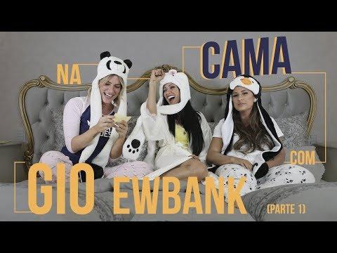 Na cama com Gio Ewbank e Simone e Simaria  1  GIOH