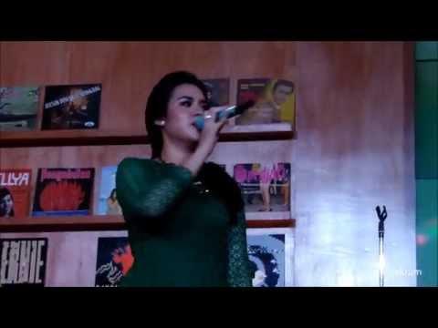 Raisa - Firasat (Showcase @WePlayID) - HD