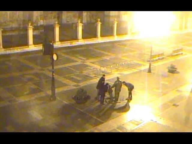 La Policía Local busca a los vándalos de la estatua del 'divorciado' en la Catedral de León