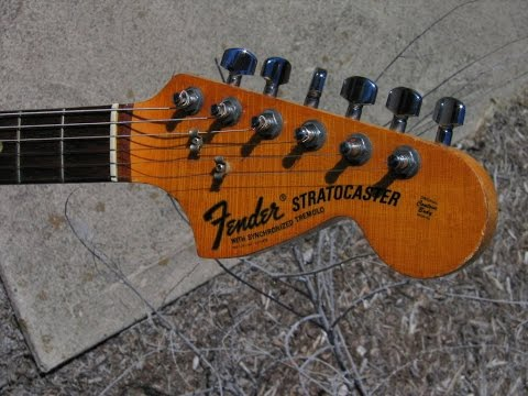The Difference Between TREMOLO & VIBRATO. By Scott Grove
