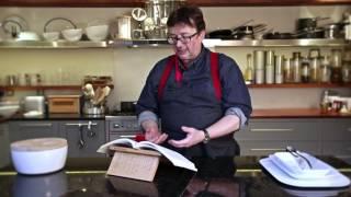 Universal Expert - Cookbook Stand