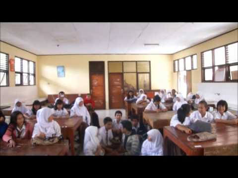 ボゴール Visit Japanese Class at A High School in Indonesia ~インドネシアの高校~ by KMG 旅行ビデオ