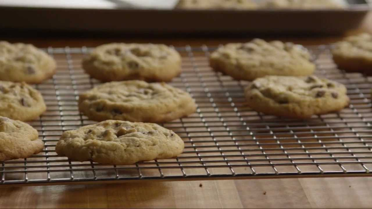 How to Make Delicious Chocolate Chip Cookies | Cookie Recipe