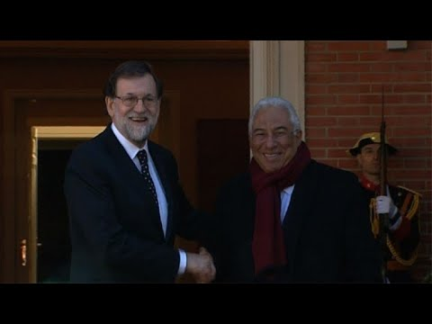 Mariano Rajoy hosts his Portuguese counterpart Antonio Costa
