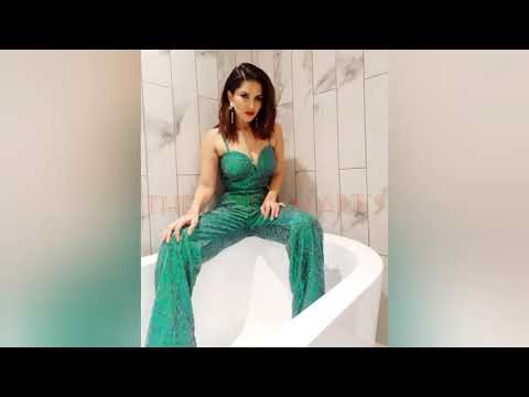 Download Bollywood actress Sunny Leone Hot,Sexy and Bikini 👙 Video