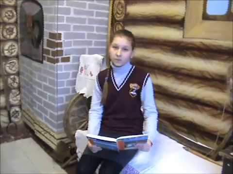 Изображение предпросмотра прочтения – ВикторияВиноградова читает произведение «Свинья под дубом» И.А.Крылова