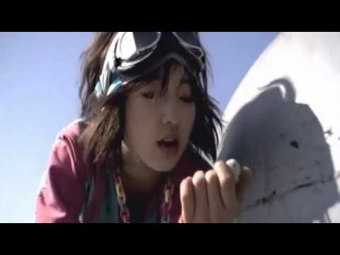 Park Shin Hye in  Flower    Lee Seung Hwan s MV