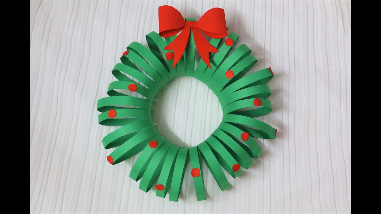 Easiest diy christmas wreath paper crafts christmas easiest diy christmas wreath paper crafts christmas decorations little crafties jeuxipadfo Choice Image