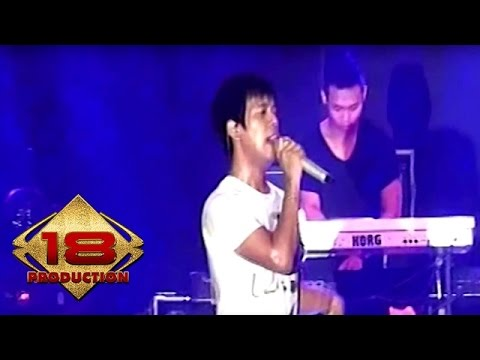 D'Masiv - Apa Salahku  (Live Konser Kendal 31 Oktober 2015)