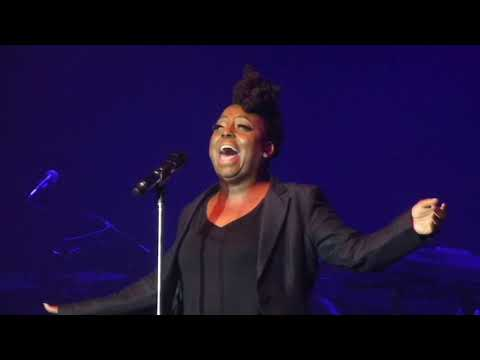 Ledisi - Powerhouse vocal medley (Part 1)