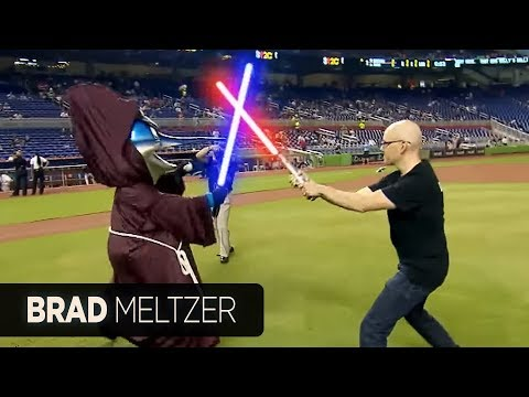 Best first pitch (and fight) ever - Brad Meltzer at Mets/Marlins Star Wars Night