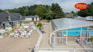 Piscine couverte et chauffée – Camping Yelloh! Village Belle Plage à Ploemeur - Morbihan – Bretagne