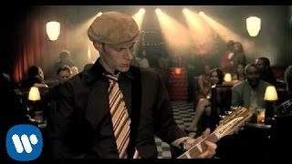 Junkie Xl - Catch Up To My Step... @ www.OfficialVideos.Net