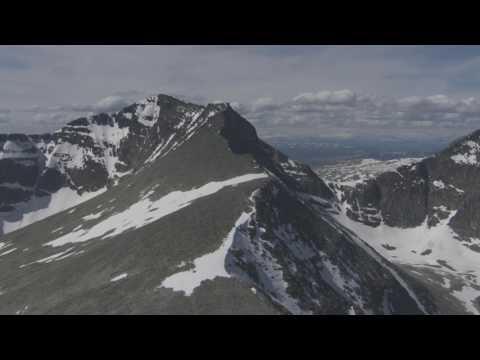 Rondane Nasjonalpark, Fjellet Rondslottet, Otta, Ottajuvet - Flying Over Norway