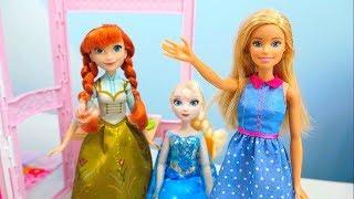 Кукла Барби и её Дом. Анна и Эльза Холодное Сердце пришли к Барби на Новоселье. Игрушки для девочек